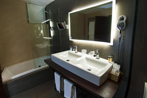 Deluxe Double Room Hotel Convento Aracena & SPA 2