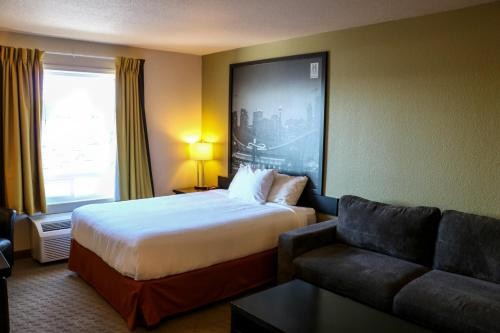 Homestay Express - Airdrie, AB T4A 2G4