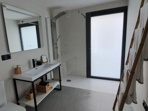 Deluxe Apartment - single occupancy Miradores do Sil Hotel Apartamento 4