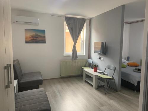 La Casa - Accommodation - Niš