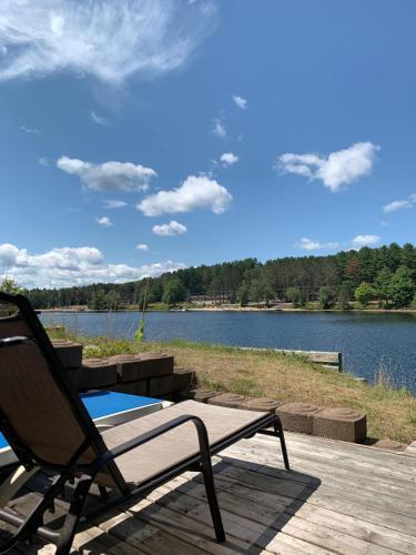 Algonquin Lakeside Inn - Photo 8 of 145