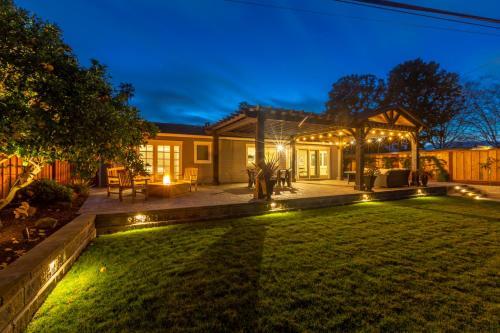 @ Marbella Lane Executive Waterfront Property - Accommodation - San Mateo