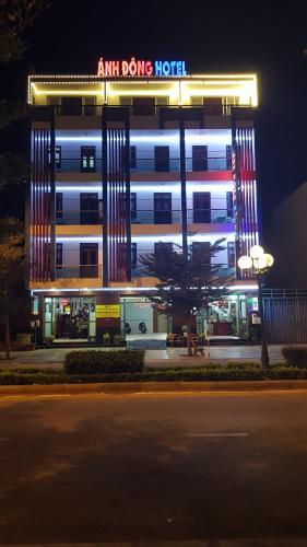 . Khách sạn Ánh Đông