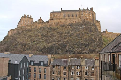 Cosy Castle Apartment