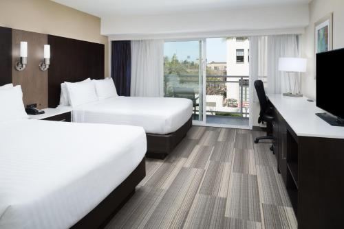 Holiday Inn Express - Downtown San Diego - San Diego, CA CA 92101