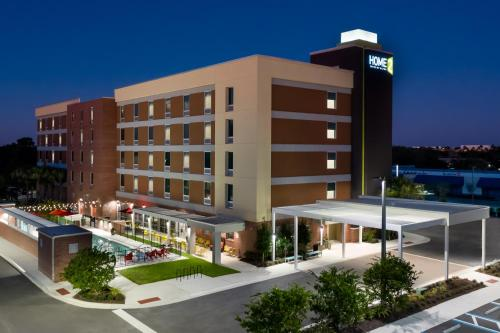 . Home2 Suites By Hilton Orlando Near UCF