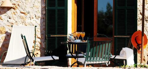 Suite Junior con terraza Casal Santa Eulalia 4