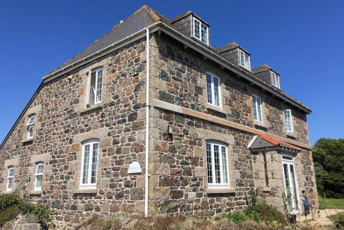 Haelarcher Farmhouse