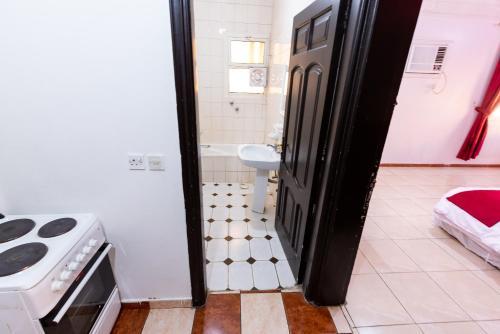 Al Eairy Apartments- Madinah 5 Main image 1