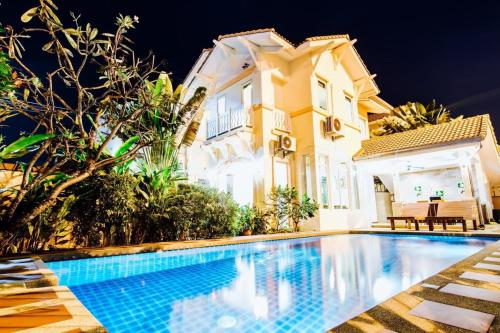 Pool Villa 4 Bed Jomtien Summertime Villa A Pool Villa 4 Bed Jomtien Summertime Villa A