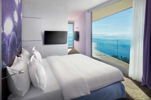 Radisson Blu Resort & Spa - image 8