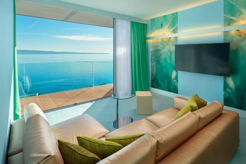 Radisson Blu Resort & Spa - image 4