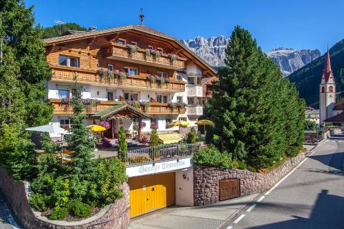 Hotel Garni Concordia - Dolomites Home - Selva di Val Gardena