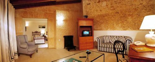 Suite Junior Casal Santa Eulalia 4