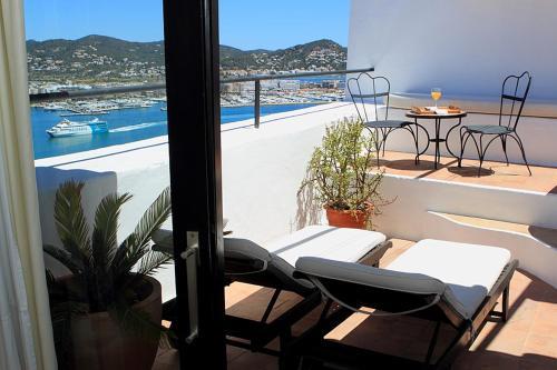 Suite with Private Terrace Hotel La Torre del Canonigo - Small Luxury Hotels 20