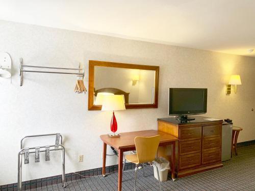 Photo - Motel 6 McGraw, NY - Cortland