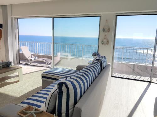 . Blue Sea Apartment