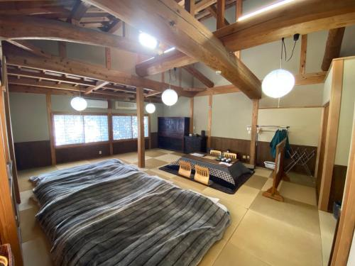 日式家庭间 - 不带卫生间和共用浴室 - 禁烟 (Japanese-Style Family Room without Toilet and Shared Bathroom - Non-Smoking)