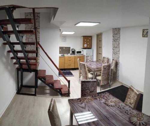 Casa Savianu Cavnic - Accommodation