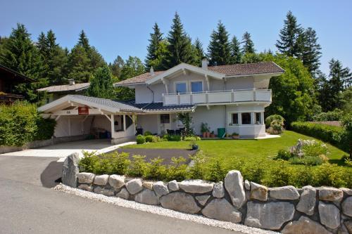 Landhaus Montana - Apartment - Ellmau