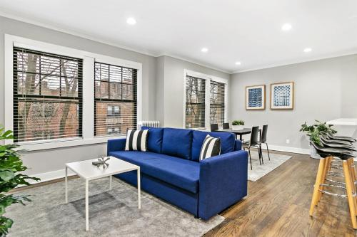 Charming & Stylish 2BR Condo Perfect for Family OD6