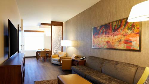 Photo - Hyatt Place Las Vegas at Silverton Village