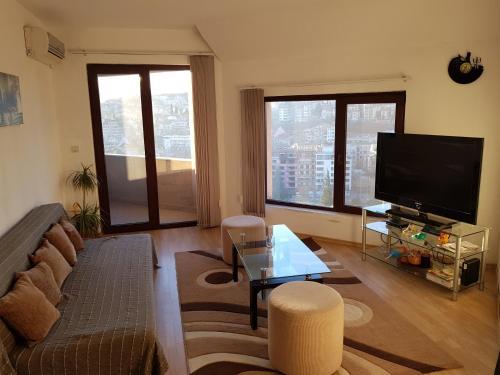 Michelle Apartments