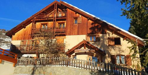 Accommodation in Puy-Saint-Pierre