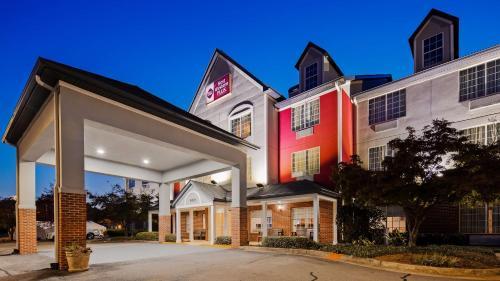 Best Western Plus Lake Lanier Gainesville Hotel & Suites - Oakwood
