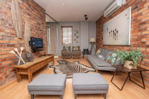 Centrally located apartment with parking