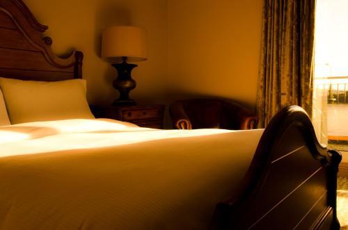 . Newbury Hotel
