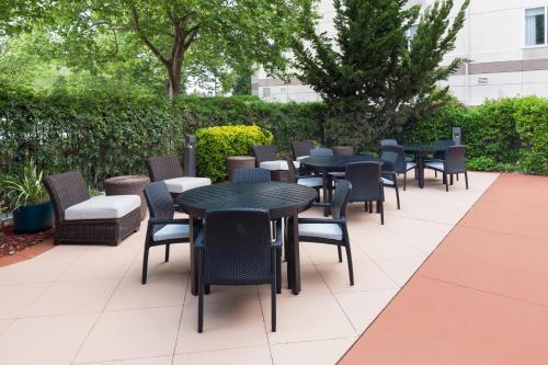 Hilton Garden Inn Sacramento - Sacramento, CA CA 95833