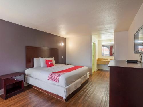 Hotel Oyo Hotel Baton Rouge - Mead Rd