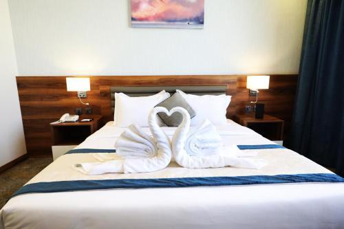 EVA Hotel Main image 2