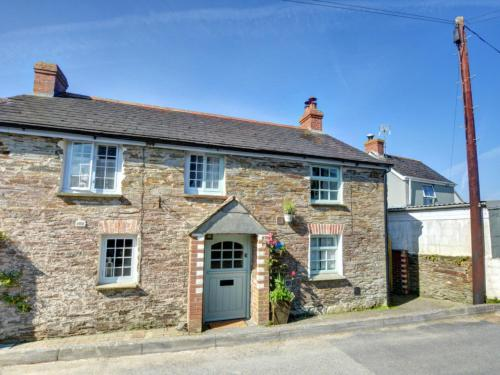 Holiday Home Penrose, St Merryn, Cornwall
