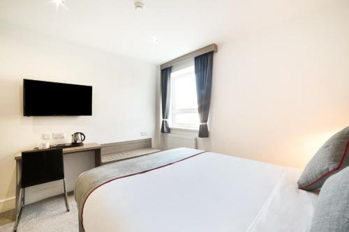 Best Western The Connaught Hotel Wolverhampton - Photo 4 of 53