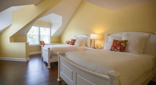 Oakwood Resort - Syracuse, IN 46567