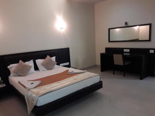 Hotel Western Inn, Palghar