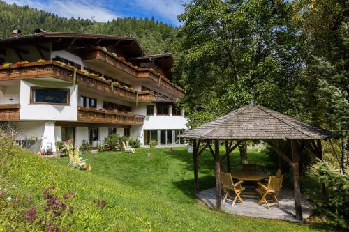 __{offers.Best_flights}__ Hotel St. Pankraz