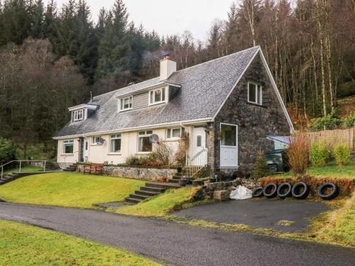 Glenfinglas Dam Cottage