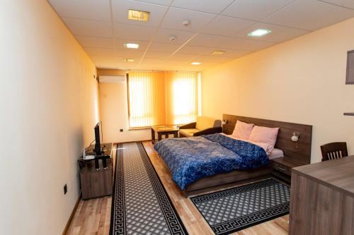 Стая за гости Пентагона - Hotel - Kŭrdzhali