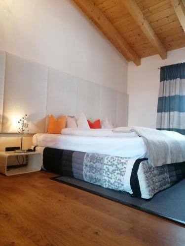 Auhof Wirtshaus & Suiten - Accommodation - Kaprun