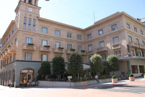 . Hotel Touring Chiasso