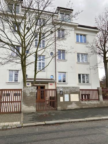 Apartmán DD, Velvarská Praha 6