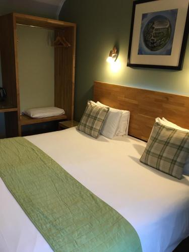 The Valley Hotel, Anglesey - Photo 2 of 81