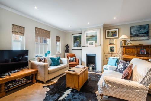 Charming Chiswick Home Near Ravenscourt Park