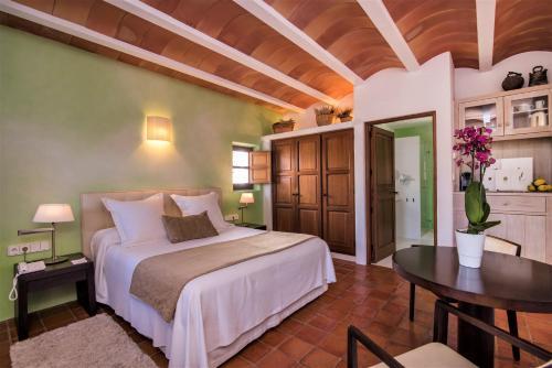 Standard Doppel- oder Zweibettzimmer Hotel Rural & Spa Can Curreu 3