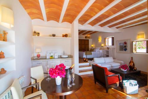 Superior Suite Hotel Rural & Spa Can Curreu 13