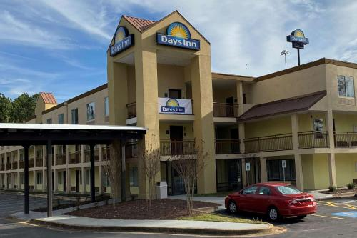 . Days Inn by Wyndham Atlanta/Southlake/Morrow