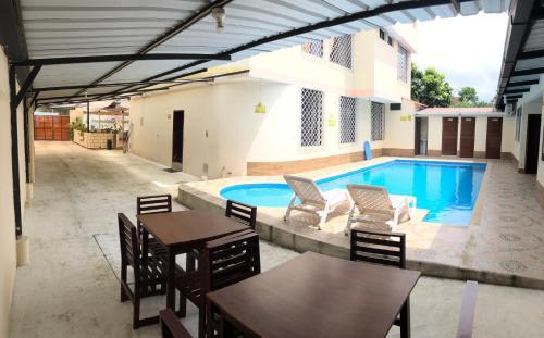 Hotel Shaymon, Santo Domingo de los Colorados